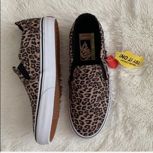 01dbd931b6061 Vans Shoes   Asher Dx Womens Suede Skate Size 9   Poshmark